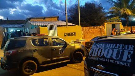Quarta vítima de serial killer é encontrada enterrada em casa do bairro Corumbá, em Campo Grande (MS). — Foto: Emerson Arce/TV Morena.