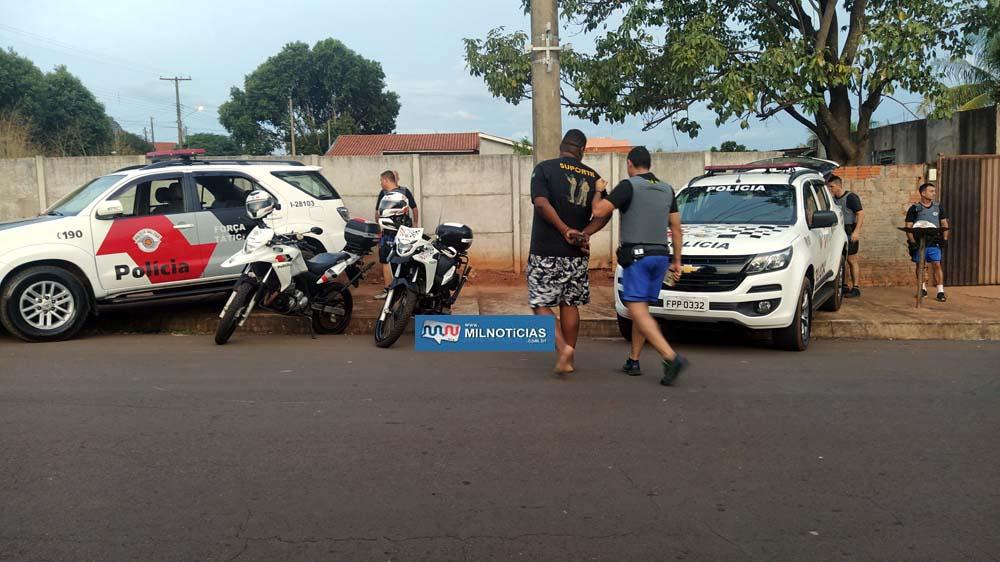 """""""July"""" era o dono da moto utilizada pelos menores no tiroteio na cohab São João. Foto: MANOEL MESSIAS/Agência"""