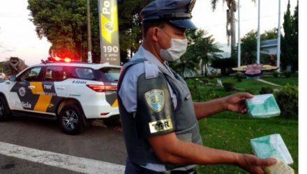 Foram apreendidos 01 quilo de cocaína e uma porção de maconha, pesando 90 gramas. Foto: DIVULGAÇÃO/TOR
