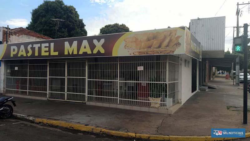 Pastelaria arrombada e furtada esta localizada no cruzamento das ruas Ceará com Rodrigues Alves, centro. Foto: MANOEL MESSIAS/Agência