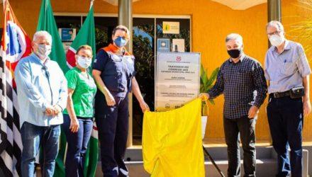 Descerramento da placa inaugural aconteceu na Prefeitura de Murutinga do Sul. Inauguração. Foto: Assessoria de Comunicação