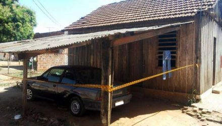 Crime aconteceu na residência do casal, no bairro Engenheiro Taveira (Foto: Hojemais Araçatuba)