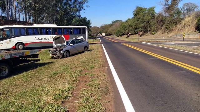 Onix seguia pela rodovia Integração, sentido Nova Independência à Pereira Barreto. Foto: MANOEL MESSIAS/Agência