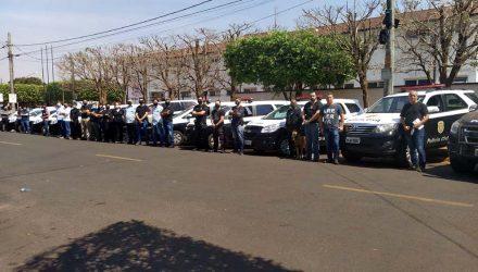 'Operação Rescaldo' mobilizou um total de 37 policiais civis e quase duas dezenas de viaturas. Foto: MANOEL MESSIAS/Agência
