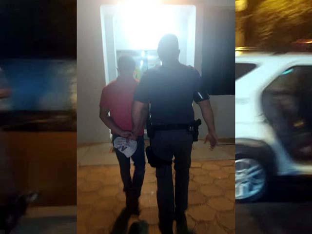 O acampado J. C. R. K., 48 anos, foi indiciado por posse ilegal de arma de fogo, não pagou fiança e acabou preso. Foto: MANOEL MESSIAS/Agência