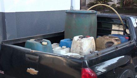 Três pessoas foram presas suspeitas de envolvimento em esquema de desvio de combustíveis, em Sarandi — Foto: Reprodução/RPC