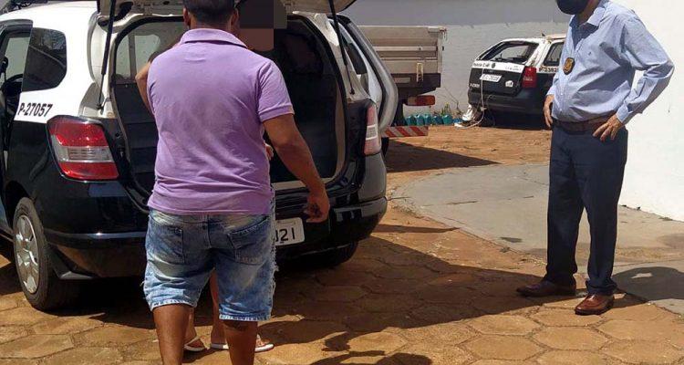 Barbeiro H. F. F. A., de 19 anos, residente na rua São Ângelo, no jardim Brasil, foi indiciado por tráfico e associação ao tráfico de drogas. Foto: MANOEL MESSIAS/Agência