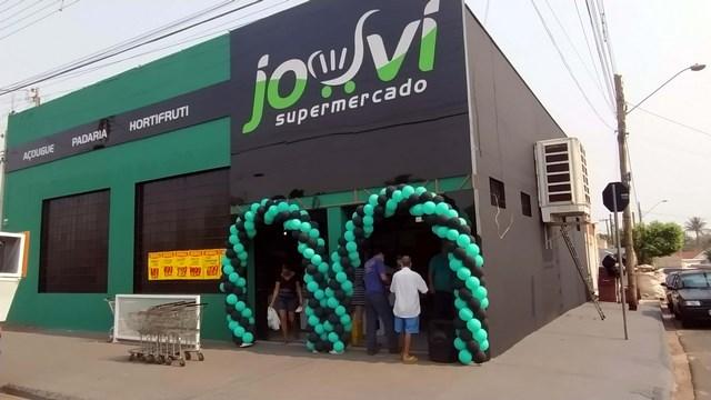 Supermercado está localizado no cruzamento das ruas Pedro Alvares Cabral com Olavo Bilac, no bairro Santa Cecília. Fotos: MANOEL MESSIAS/Mil Noticias