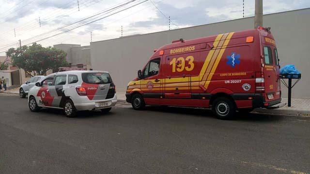 Polícia Militar e Corpo de Bombeiros foram ao local do acidente mas vítima já havia sido socorrida por uma amigo até a UPA. Foto: MANOEL MESSIAS/Agência