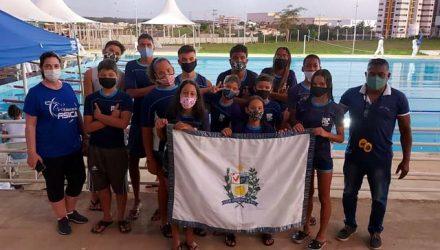 Delegação andradinense que participou do  Meeting Regional de Natação em Votuporanga. Foto: Divulgação