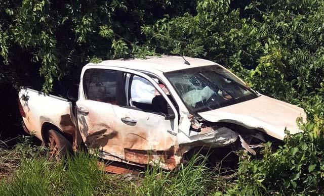 Caminhonete envolvida no acidente registrado em Jales — Foto: Facebook/Reprodução