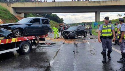 Acidente envolvendo quatro veículos matou duas pessoas na Rodovia dos Bandeirantes em Sumaré (SP), neste domingo (27) — Foto: Polícia Militar Rodoviária/4º BPRv