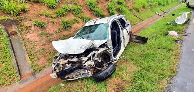 De acordo com a Polícia Militar Rodoviária, um veículo cruzou a pista e provocou o engavetamento em Sumaré (SP) — Foto: Polícia Militar Rodoviária/4º BPRv