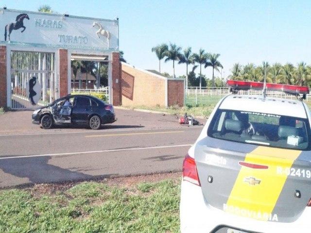 Acidente aconteceu na vicinal de acesso ao município de Nova independência, em frente do Haras Turato. Foto: DIVULGAÇÃO