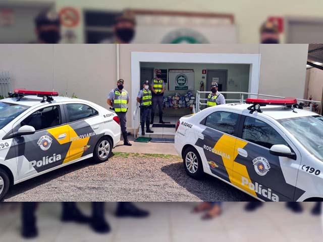 Entrega das fraldas ao asilo de Andradina aconteceu nesta terça-feira (12). Foto: DIVULGAÇÃO/PMRv