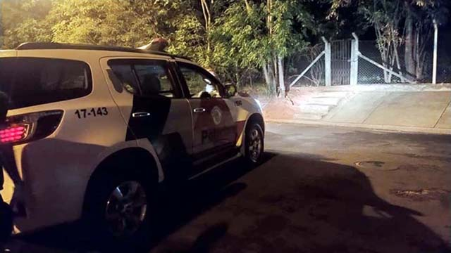Homicídio aconteceu quando estava sentado próximo de sua residência quando levou os tiros, um deles na testa. Foto: MANOEL MESSIAS/Agência