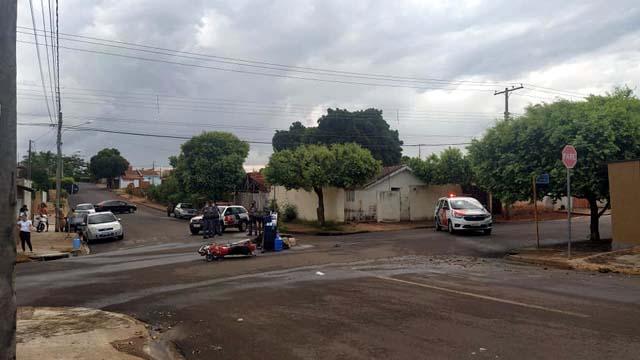 Acidente grave aconteceu no cruzamento das ruas Espírito Santo com Ceará, no bairro Benfica. Foto: MANOEL MESSIAS/Agência