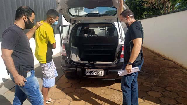João Marcelo foi encaminhado por policiais civis para a cadeira de Pereira Barreto. Foto: MANOEL MESSIAS/Agência