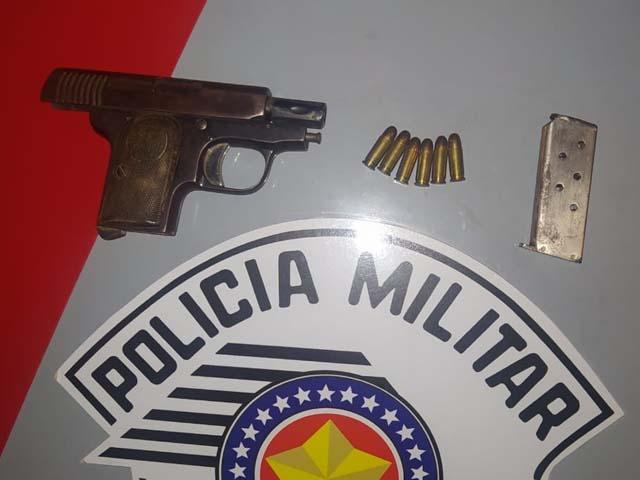 Também foi apreendida uma pistola calibre 635, além de 6 munições intactas. Foto: Divulgação