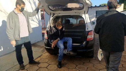 Vendedor Rodolfo Camargo Silva, de 34 anos, e a amásia foram presos acusados de tráfico de drogas. Foto: MANOEL MESSIAS/Agência