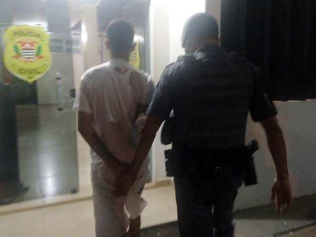 Adolescente infrator foi indiciado por tráfico de entorpecentes. Foto: MANOEL MESSIAS/Agência