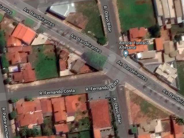 Acidente aconteceu no cruzamento das ruas Bandeirantes com Fernando Costa, no bairro Santa Cecília. Foto: Google/Reprodução