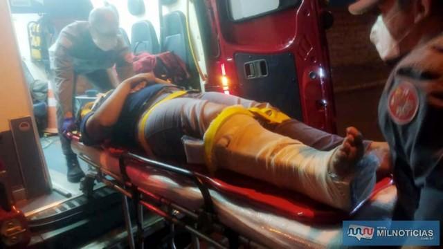 Jovem sofreu fratura da perna direita, altura do tornozelo. Foto: MANOEL MESSIAS/Agência
