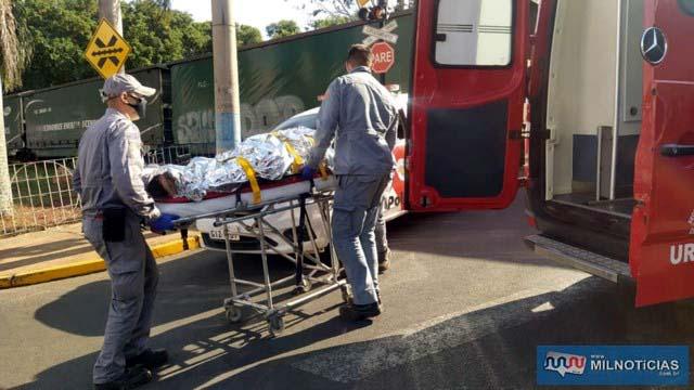 Ex-comerciante foi socorrido pelos bombeiros até a UPA e depois transferido à Santa Casa. Foto: MANOEL MESSIAS/Agência