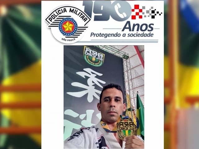 Luciano Prazeres, feliz com mais uma conquista em sua vida esportiva. Foto: Divulgação/PM