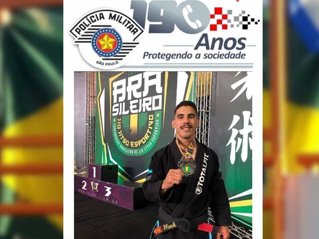 Cabo PM Vieira, pertencente à Banda Regimental de Música do CPI-10 da cidade de Araçatuba, sagrou-se vice-campeão em duas categorias. Foto: Divulgação/PM