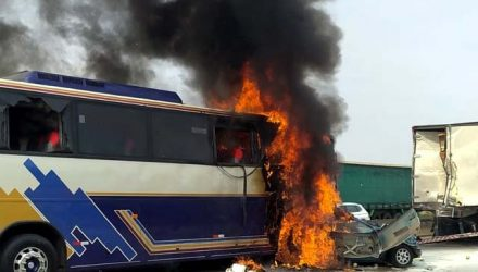 Acidente entre ônibus, caminhão e carros deixa seis mortos e oito feridos na Dutra em São José dos Campos — Foto: Polícia Rodoviária Federal/ Divulgação