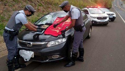 Motorista foi abordado na SP-425, em Regente Feijó (SP) — Foto: Polícia Militar Rodoviária