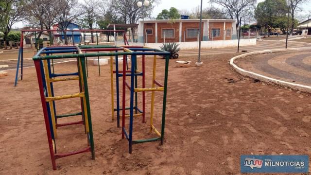 Local vem sendo alvo constante de vandalismo e furtos. Foto: MANOEL MESSIAS/Agência