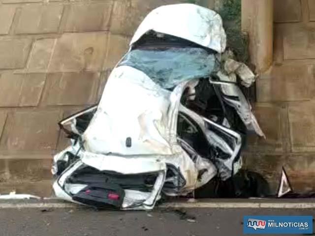 VW Polo ficou completamente destruído no acidente. Foto: MANOEL MESSIAS/Agência