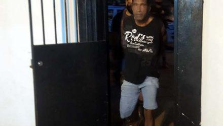Edson de Jesus Freitas, 48 anos, foi preso acusado de tentativa de homicídio. Foto: MANOEL MESSIAS/Agência