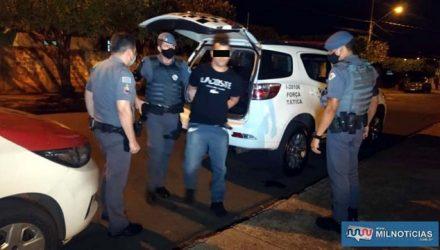 O motoboy L. R. P. C. C., de 34 anos, residente na cidade de Guarulhos, foi preso acusado de tráfico de drogas. Foto: MANOEL MESSIAS/Agência