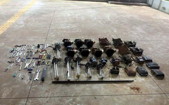 Seis pessoas foram presas suspeitas de furtarem peças de caminhões — Foto: Polícia Civil/Divulgação