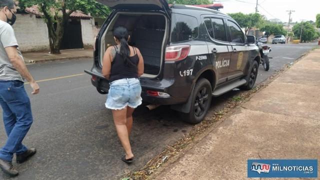 """C. F. A. M. M., a """"Carla Pedra"""", de 37 anos, acusada de tráfico de entorpecentes, associação para o tráfico e corrupção de menor. Foto: MANOEL MESSIAS/Agência"""