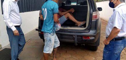 A. S. C., de 19 anos, foi preso pela Polícia Militar acusado de Tráfico de entorpecentes. Foto: MANOEL MESSIAS/Agência